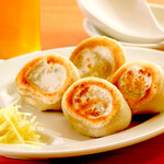 らぁ麺 よりみち 伊豆大島 - 料理写真:モチモチ肉汁餃子 500