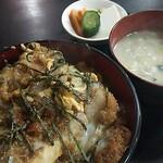 盧山 - カツ丼