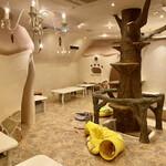 キャットカフェ てまりのおしろ - 内観写真:貸切の2階