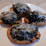 ラ ボッテガ デル オーリオ - イタリア原産黒キャベツのクロスティーニ