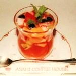 朝日珈琲サロン - 各種ベリーと炭酸の効いたアールグレイのハーモニー ベリーティパンチ \700