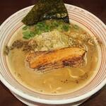山麺 - 濃い鶏醤油らーめん