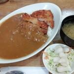 ブータン - カツカレー 660円