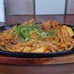バビアン - 豚キムチ鉄板焼き
