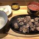 焼鳥バコン - もも焼き定食