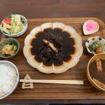 ご飯屋 おもち - 料理写真:
