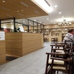 和カフェテリア Dining 24 羽田食堂 - 店内光景。