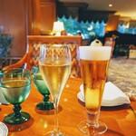 131488461 - シャンパン&生ビール