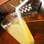 MOMOsキッチン - ランチ ドリンク アップルジュース
