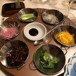 131494274 - 牛肉と彩り野菜のクレープ包み