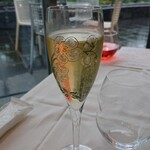 ラー・エ・ミクニ - スパークリングワイン