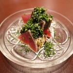 131512845 - 鰹のたたき:高知のケンケン鰹、キャビア、酢橘、オリーブオイル
