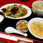 天府 - レバニラ炒めと水餃子のセットメニュー