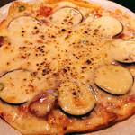てまひま - ナスのピザ