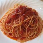 TUTTI - 完熟トマトのパスタ