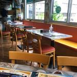 インドレストラン アラジン - 店内