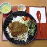 アートカフェ白山 - 田舎カレーA900円(お肉入り)