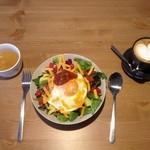 大和田カフェ - (きょうのごはん一例) たっぷり野菜のタコライス