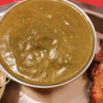 インド料理 インディアンハット - ほうれん草チキンカレー