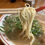 七福亭 - 麺は細ストレート