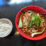 131537339 - 蓬渓閣 2号店@湯島 担々刀削麺(780円)