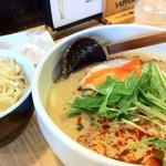 麺酒喰処 麺人 - 坦々麺:メガ盛