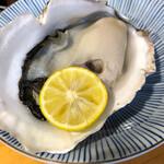 かね吉 - 岩牡蛎
