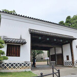 131553322 - 旧・福岡藩(黒田藩)蔵屋敷 長屋門 1933年、三井が、大阪市に寄贈。