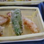 だるまの天ぷら定食 - ピーマン