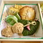 割烹 八幡家 - 懐石弁当のお料理(テイクアウト)
