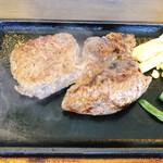 ステーキハウスうっしっしぃ - 料理写真: