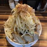 ラーメンつけ麺 笑福 - 豚ラーメン(別アングル)♪