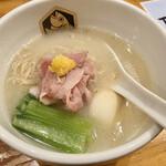 真鯛らーめん 麺魚 - 真鯛ラーメン (麺少なめ)