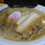 麺菜 Regamen - 背脂醤油ラーメン