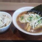 13158267 - 醤油ラーメン&チャーシュー丼
