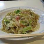 赤坂十八番 - 味噌チャンポンも気になりましたが、あまりにも皿うどんの注文が多かったので、つられて皿うどん650円にしました。