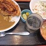 食事処井戸屋 - 料理写真:カツカレー