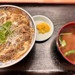 三忠食堂 - かつ丼