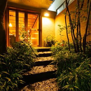 【神楽坂より徒歩1分】閑静な住宅街に佇む隠れ家レストラン