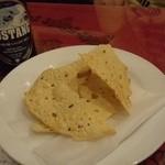 サンサール - 2012.5 お通し(パパルのロースト)インドの豆煎餅