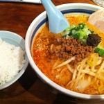 天手毬 - 特製味噌担々麺、ライスに具を載せたら丼が出来る!