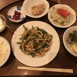 諏訪飯店 - 料理写真:青椒肉絲定食