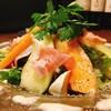 タンブラン - 料理写真:生ハムメロンのサラダ仕立て