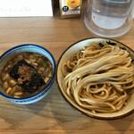 にぼshin - 料理写真:つけ麺(300㌘)820円