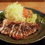 とんかつ 美味小家 - 料理写真:豚ロース粗挽きこしょう焼き定食