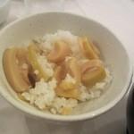 プロカッチ - 御飯はタケノコを使った煮込みご飯、大きく切ったタケノコの食感が御飯と絶妙のハーモニーです