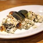 ジュウバー - ピータンとお豆腐