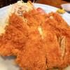 二幸総本店 - 料理写真:ビッグチキンカツ定食880円