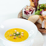 ベーカリー&テーブル 箱根 - 料理写真:本日のスープセット