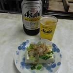 富士屋酒店 - 料理写真:瓶ビール(大瓶)と湯豆腐